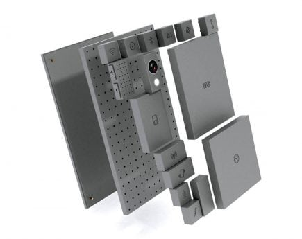 A fully modular phone